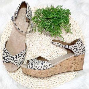 Toms platform cork sole leopard print sandals